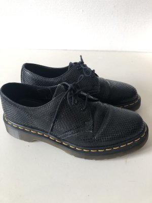 Dr. Martens Lace Shoes black