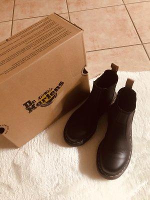 Dr Martens 2976 Vegan Boot