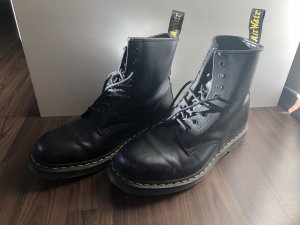 Dr. Martens Lace-up Boots black-yellow