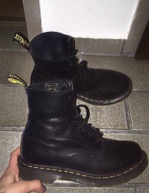 Dr. Martens Desert Boots black