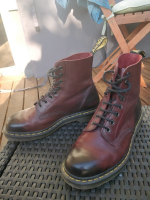 Dr. Martens Boots Cherry Red