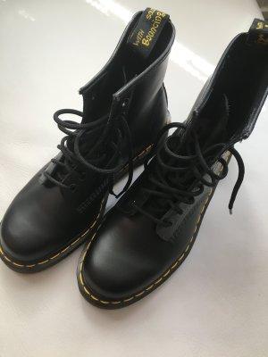 Dr. Martens Boots black leather