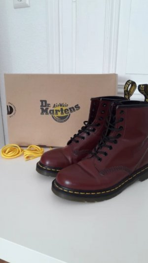 Dr. Martens in Cherry Red