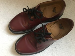 Dr Martens Low Schuhe Rot