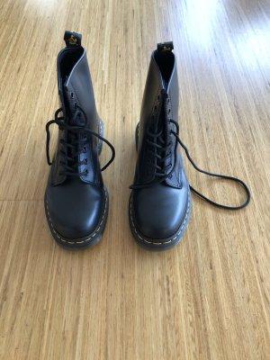 Dr. Martens Aanrijg laarzen zwart