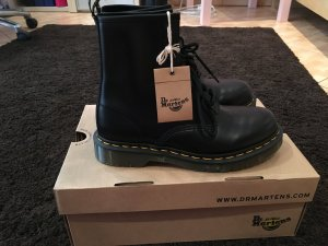 Dr. Martens Modern Classic Smooth 1460