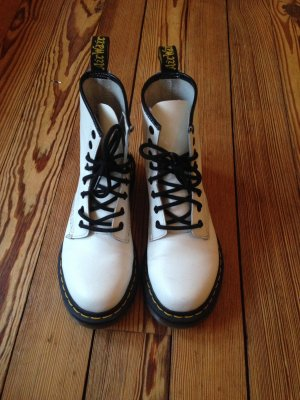 Dr. Martens Original Air Wair in weiß