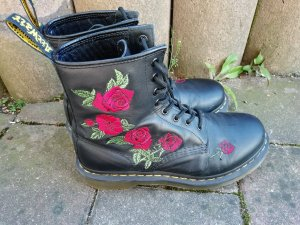 Dr. Martens Lace-up Boots black-red leather