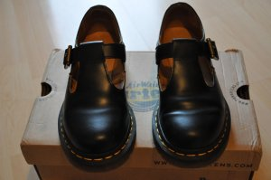 Dr. Martens Mary Janes black