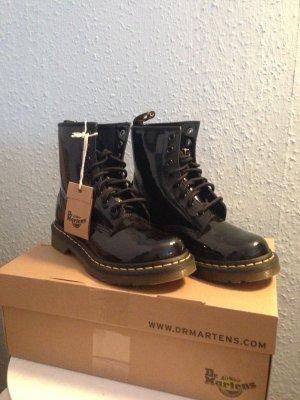 Dr.Martens, Schnür Boots Eye in Schwarz glänzend