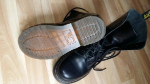 Dr. Martens Smooth 38