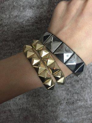 Drei Armbänder  in Gold und Silber