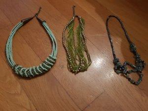 drei schöne Modeschmuckketten in grün