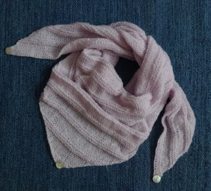 Knitted Scarf light pink wool