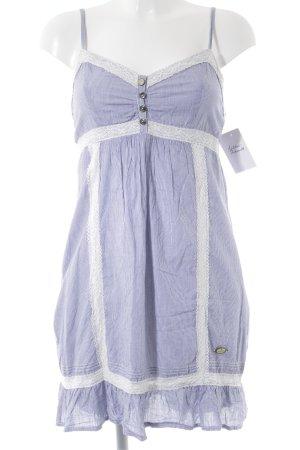 Dreimaster Robe Babydoll bleu clair-blanc motif rayé style décontracté