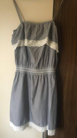 Dreimaster Kleid Gr. L. Spagetti Träger zum Einstellen
