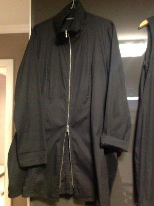 Dreiteiler in schwarz Kleid  ,Hose , Jacke