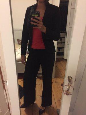 Dreiteiliger Anzug von WE, 36, schwarz: Rock, Hose, Sakko