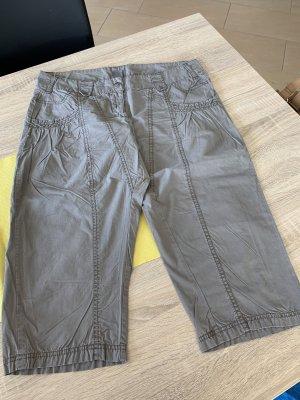 Vero Moda Pantalón capri gris