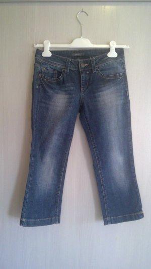 dreiviertel-lange Jeans von Esprit * Größe 26