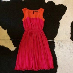 Drykorn for beautiful people Plisee Kleid Gr 34