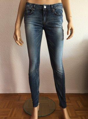 Drykorn Jeans Gr. 28/34 Skinny Dunkelblau Blau dunkelblaue blaue Röhrenjeans