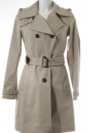 Drykorn Trenchcoat beige Street-Fashion-Look