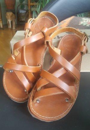 Sandalias cómodas coñac Cuero