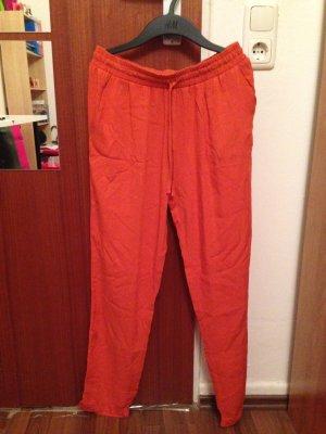 Dünne orange Hose für den Sommer!