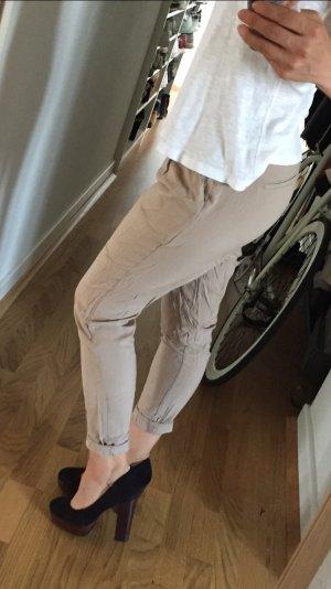 Dünne, sommerliche Stoffhose von Vero Moda in Beige
