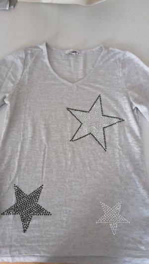 Dünner etwas durchsichtiger Pullover mit Sterne