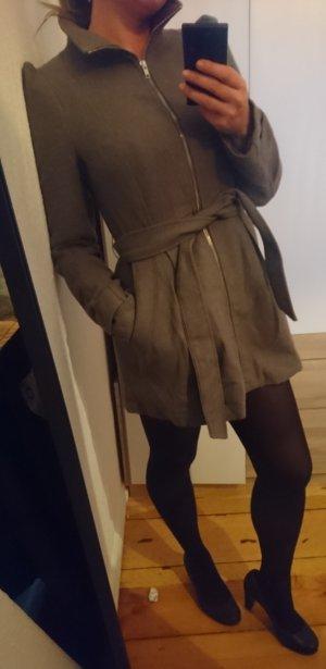 Dünner grauer Mantel 36 S