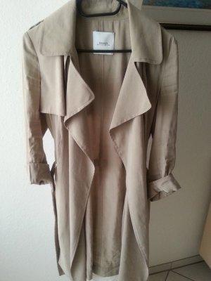 Dünner Mantel von Mango Größe M