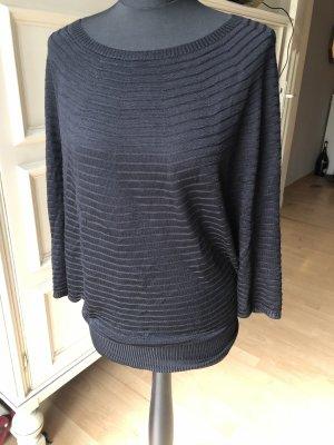 Escada Long Sweater black