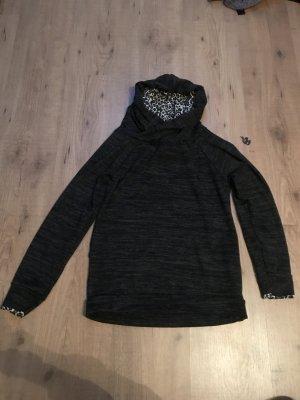 dünner Pullover in Größe S
