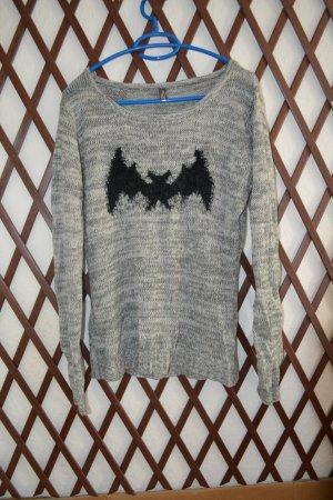 Dünner Pullover mit Muster