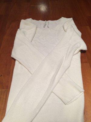 Dünner weißer Pullover