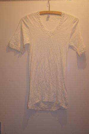 dünnes Baumwoll Shirt mit Häkelsaum