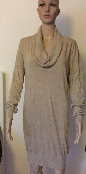 dünnes Wollpullover-Kleid