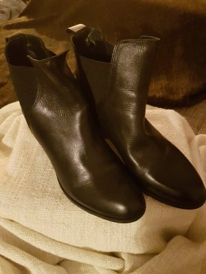 Dune Chelsea Boots black leather