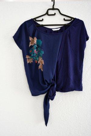 duneklblaues Shirt/Bluse verziert mit Blumen Croptop Blogger Festival