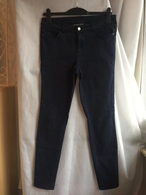 Dunkel Blaue Hose in Stretchmaterial NEU