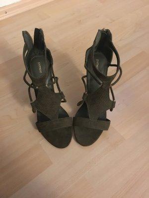 Dunkel grüne high heel Sandaletten
