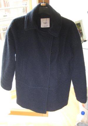 Dunkelauer Mantel von Mango Casual
