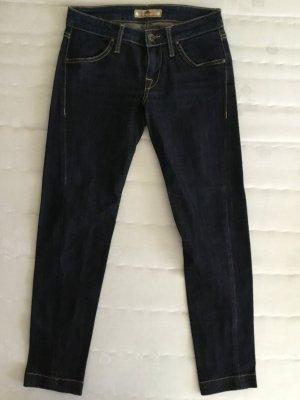 Dunkelblaue 7/8 Jeans von Fornarina mit auffälligen Nähten und Stretchanteil