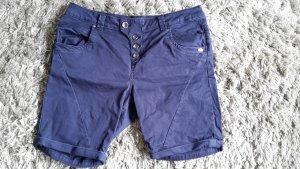 Dunkelblaue Bermuda Shorts