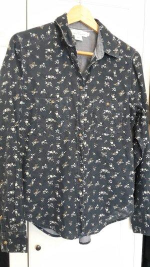 Dunkelblaue Bluse mit Blümchen