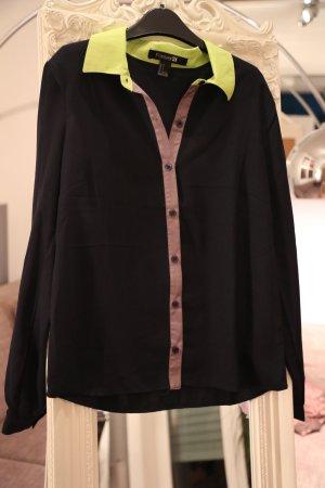 dunkelblaue Bluse mit Neonkragen