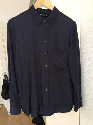 Dunkelblaue Bluse von Zara
