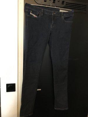 dunkelblaue Diesel Jeans Modell Skinzee-Low, super slim skinny- low waist
